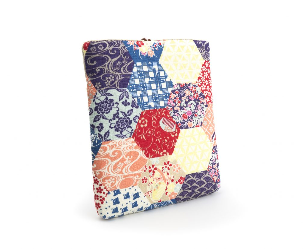 OTIS Japanese Fabric Pouch for Tablets & E-Readers